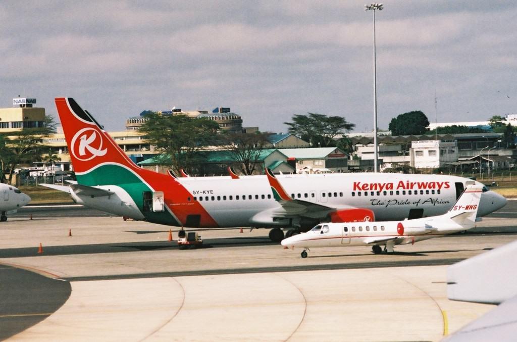 5Y-KYE_Boeing_737-8AL_(cn_35286_2757)_Kenya_Airways._(6136706359)