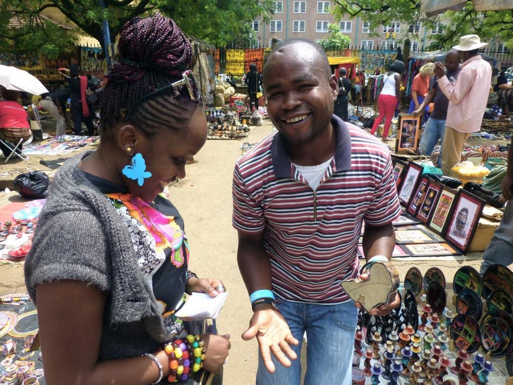 nairobi-market-haggling