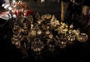 Lámparas_en_Plaza_de_Yamaa_el_Fna