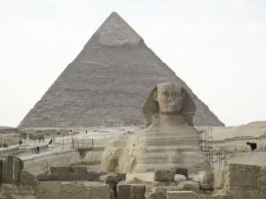 Great_pyramid_and_sphinx